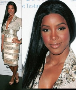 Kelly Rowland bad wig front lace showing